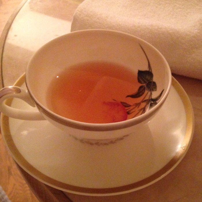 ウェスティンホテル内のル・スパ・パリジエンででたお茶