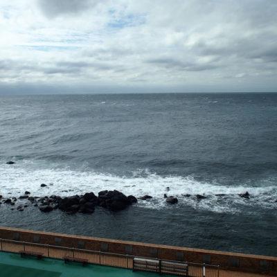 石花海前のプール