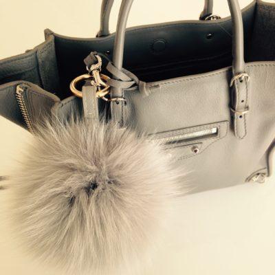 フォックスファーチャームとバレンシアガの新作バッグ