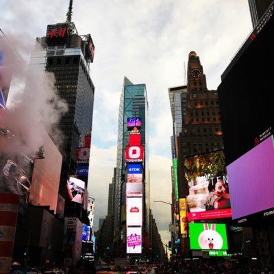 ニューヨークタイムズスクエア