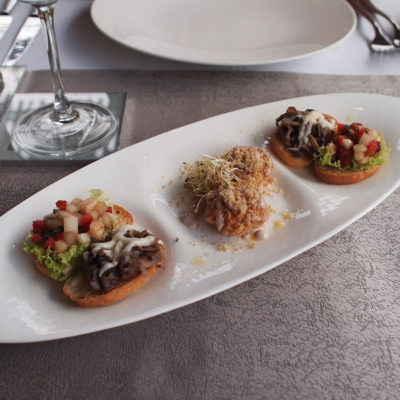 kayumanis-nusa-dua-hotel-restaurant-canape