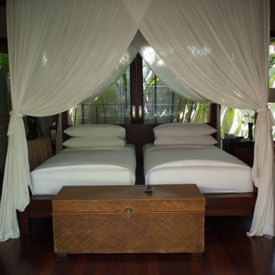 kayumanis-nusa-dua-hotel-twin-bed