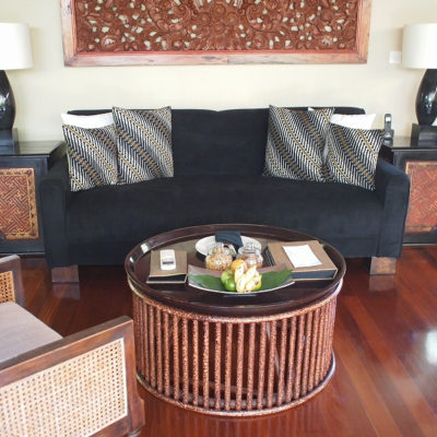 kayumanis-nusa-dua-living-sofa