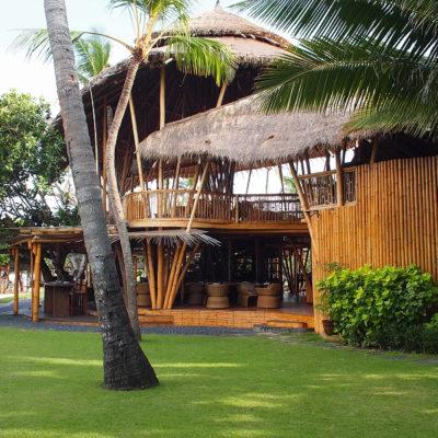 ヌサドゥアのプライベートビーチレストラン