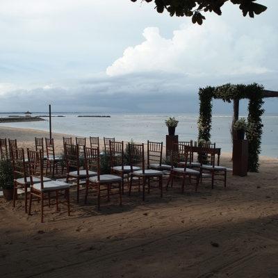 ヌサドゥアのプライベートビーチ ウェスティンのウェディング