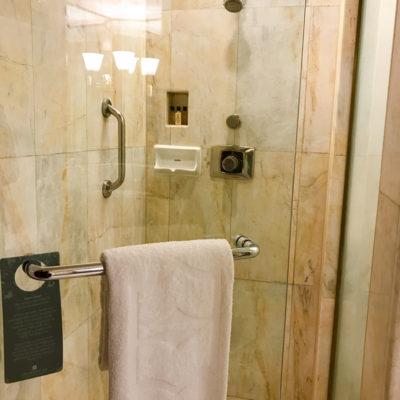 シャングリラホテルバンコククルンテープ シャワールーム