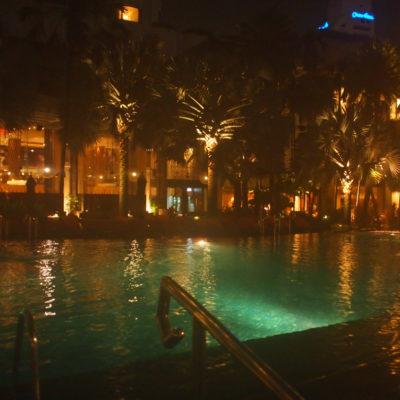 シャングリラホテルバンコクのシャングリラウィングのプール