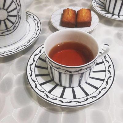 銀座 ディオールカフェのディオールのカップアンドソーサー