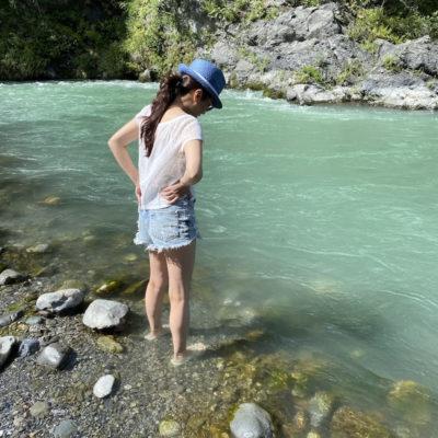 水は冷たいけど暑いから気持ち良い